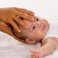 Kinderheilkunde (Beispielfoto Osteopathie)